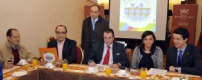 Miembros de la Asociación durante la presentación de la misma./ JUAN MARTÍN
