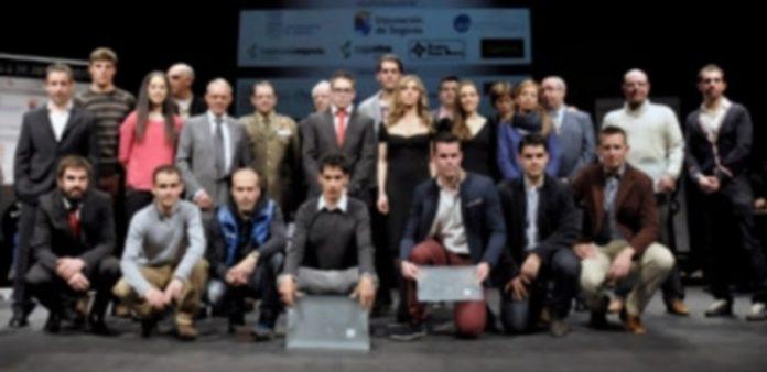 Foto de familia de los premiados en la trigésima edición de la Gala del Deporte Segoviano organizada por la ASPD. / Juan Martín