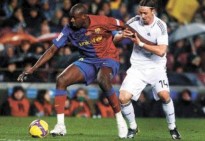 Touré es uno de los cuatro hombres del Barça que deberá evitar recibir una tarjeta amarilla