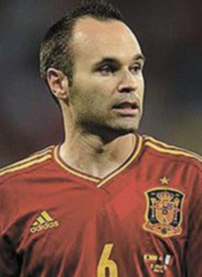 Andrés Iniesta ha jugado muy bien y solo le ha faltado el gol. / Reuters