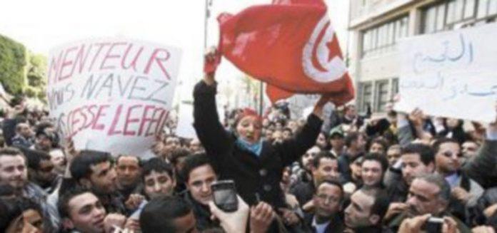 Las protestas contra el actual Ejecutivo se vienen sucediendo desde hace semanas. / Efe