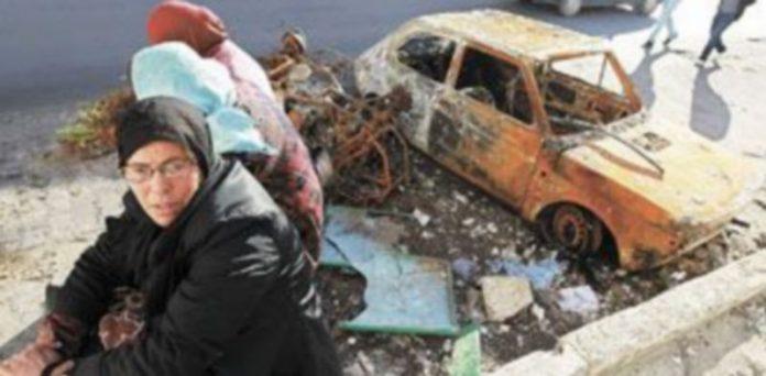 Los disturbios y manifestaciones que vive Túnez desde hace un mes han dejado cicatrices bien reconocibles en muchas de las calles de la capital. / Efe