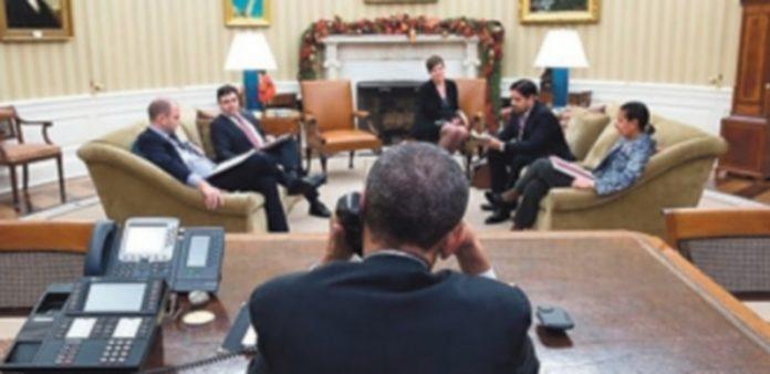 El presidente de Estados Unidos conversa con el mandatario cubano