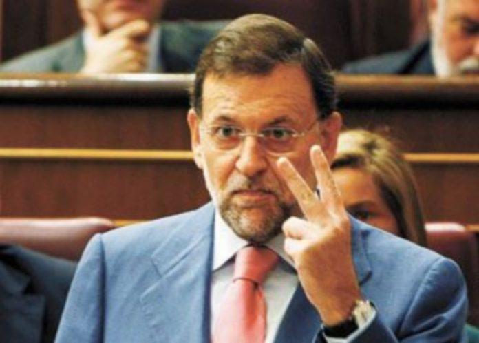Mariano Rajoy llevó ayer la voz cantante de la oposición al Gobierno. / Efe