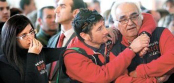 La inquietud se ha apoderado de los familiares de los tres cautivos catalanes tras las amenazas del grupo terrorista. / Efe