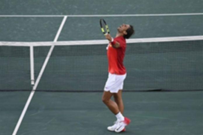 Rafa Nadal durante el encuentro de las semifinales individuales de tenis. / E.P.