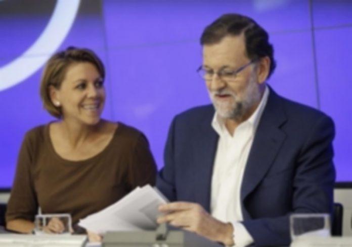 María Dolores de Cospedal junto a Mariano Rajoy durante la reunión del Comité Ejecutivo Nacional del PP. / efe