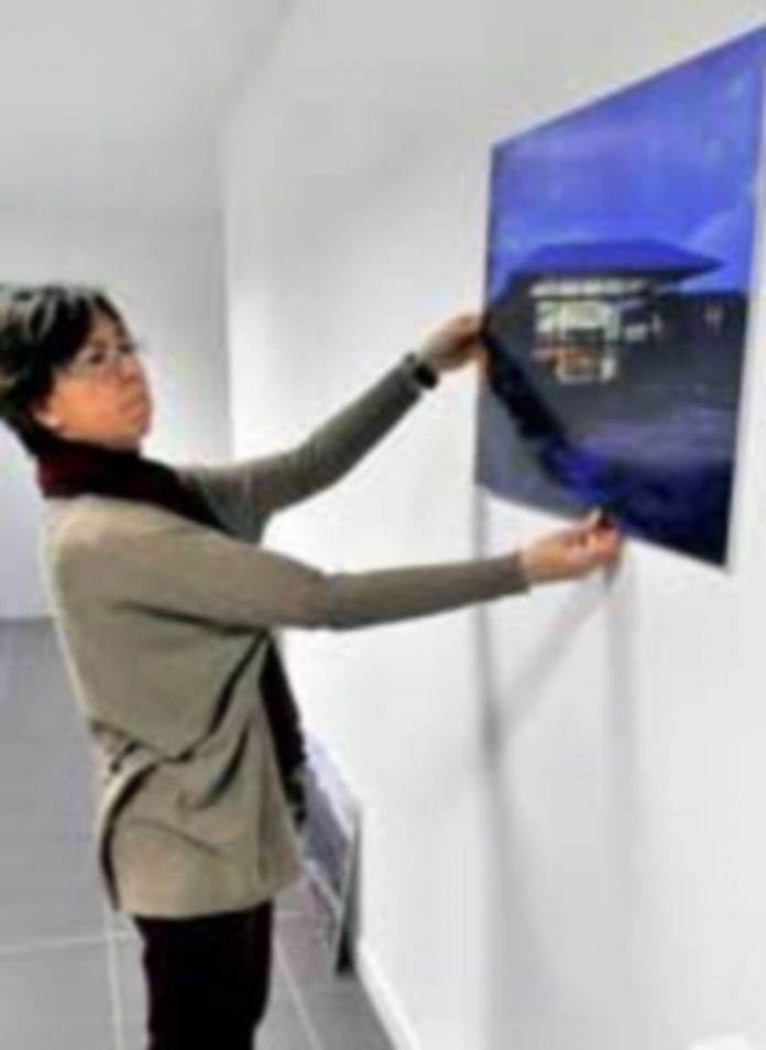 Preparación de la exposición que se abre al público el viernes. / Kamarero