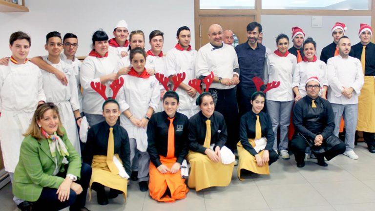 Responsables y voluntarios de la Cruz Roja se unieron en un almuerzo