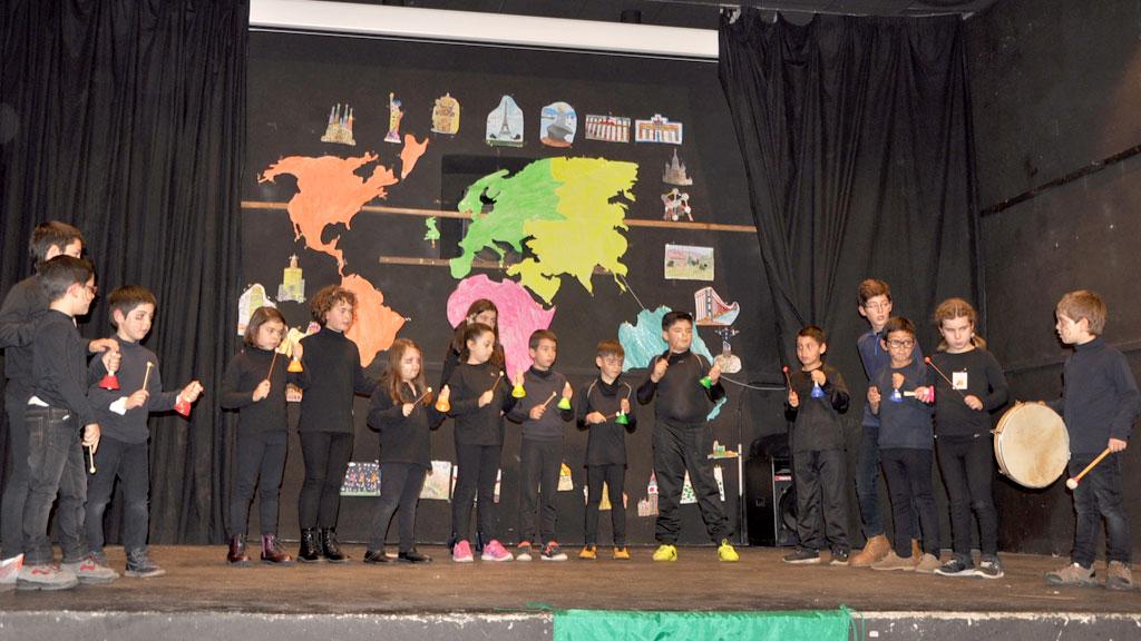 Los escolares lograron un nuevo éxito con su representación en el festival. /el adelantado