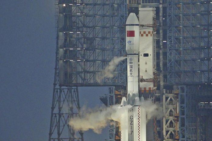 Una imagen de archivo de un cohete chino, en su carrera espacial para buscar de ganar prestigio científico