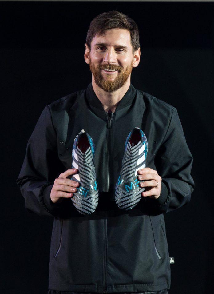 Leo Messi presentó sus nuevas botas adidas.