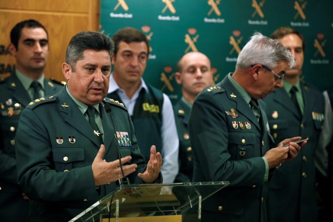 El coronel Francisco Javier Jambrina Rodríguez(i), junto al coronel de la UCO de la Guardia Civil Manuel Sánchez Corbí.