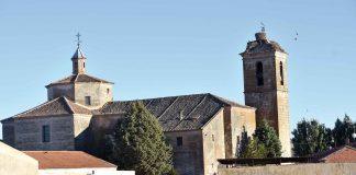 Vista de la Iglesia de San Pedro Apóstol en Sauquillo de Cabezas. / JOSÉ ANTONIO SANTOS