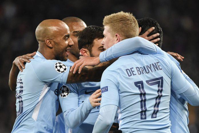 Los jugadores del Manchester City celebran uno de sus goles ante el Basilea.