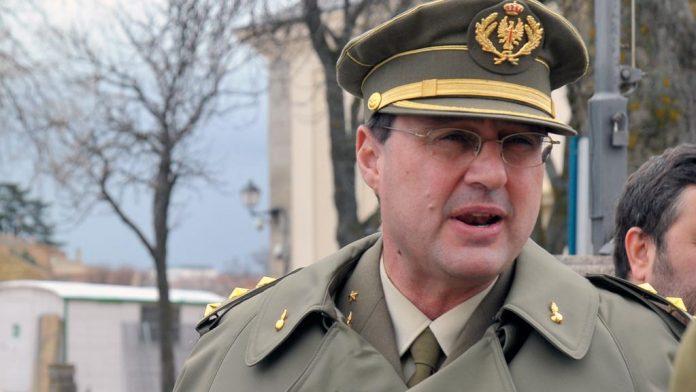 El coronel director de la Academia y alcaide del Alcázar, José María Martínez Ferrer