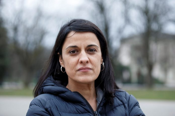 La exdiputada de la CUP, Anna Gabriel, se encuentra huída en Ginebra, donde ayer departió con Carles Puigdemont.