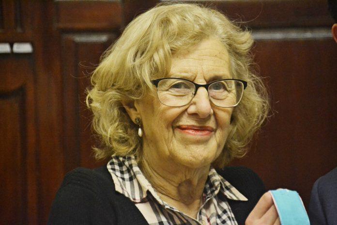 Manuela Carmena es, actualmente alcaldesa de Madrid, asegura que no habrá ceses tras estos conflictos.