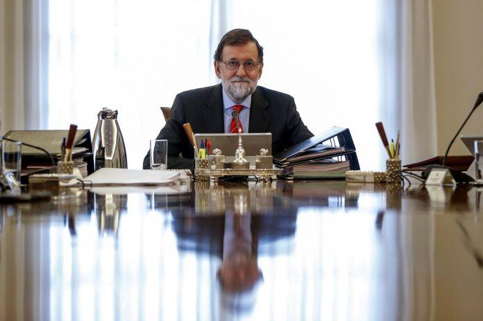 El presidente del Gobierno, Mariano Rajoy, durante la última reunión del Consejo de Ministros en La Moncloa.