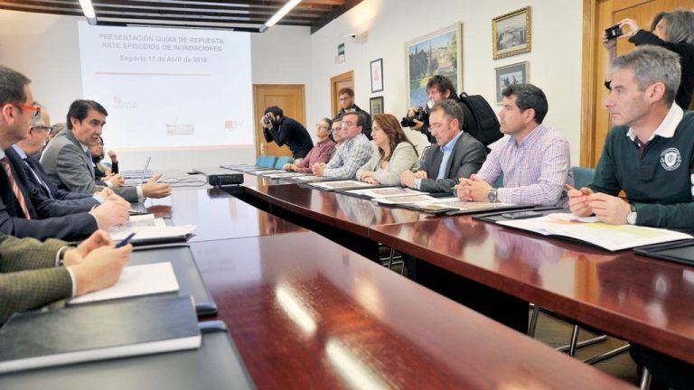 La Junta diseña guías de respuesta ante inundaciones para ocho municipios