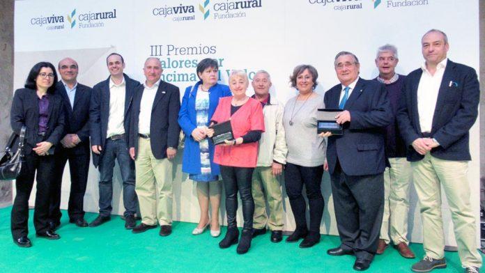 Premiados, representantes del Nordeste y responsables de la Fundación, durante el acto. / el adelantado