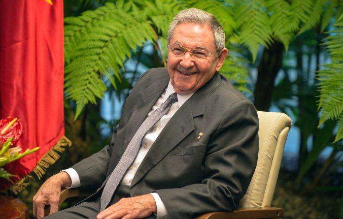 Raúl Castro ha estado una década al frente de la Presidencia de Cuba tras la renuncia de su hermano Fidel.