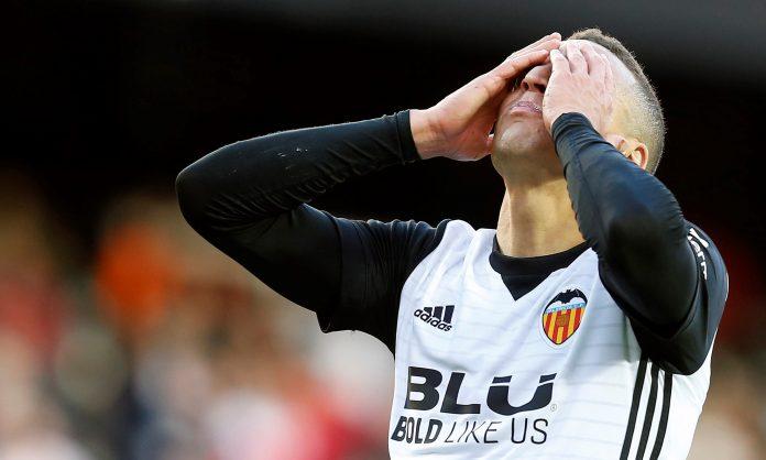 Rodrigo Moreno se lamenta tras fallar una ocasión.