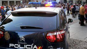 04-1kama_Policia-Nacional-Vigilancia-Turistas_KAM5198