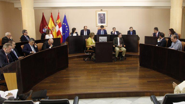 La Diputación dedicará 8,3 millones a Ayuda a Domicilio  en dos años