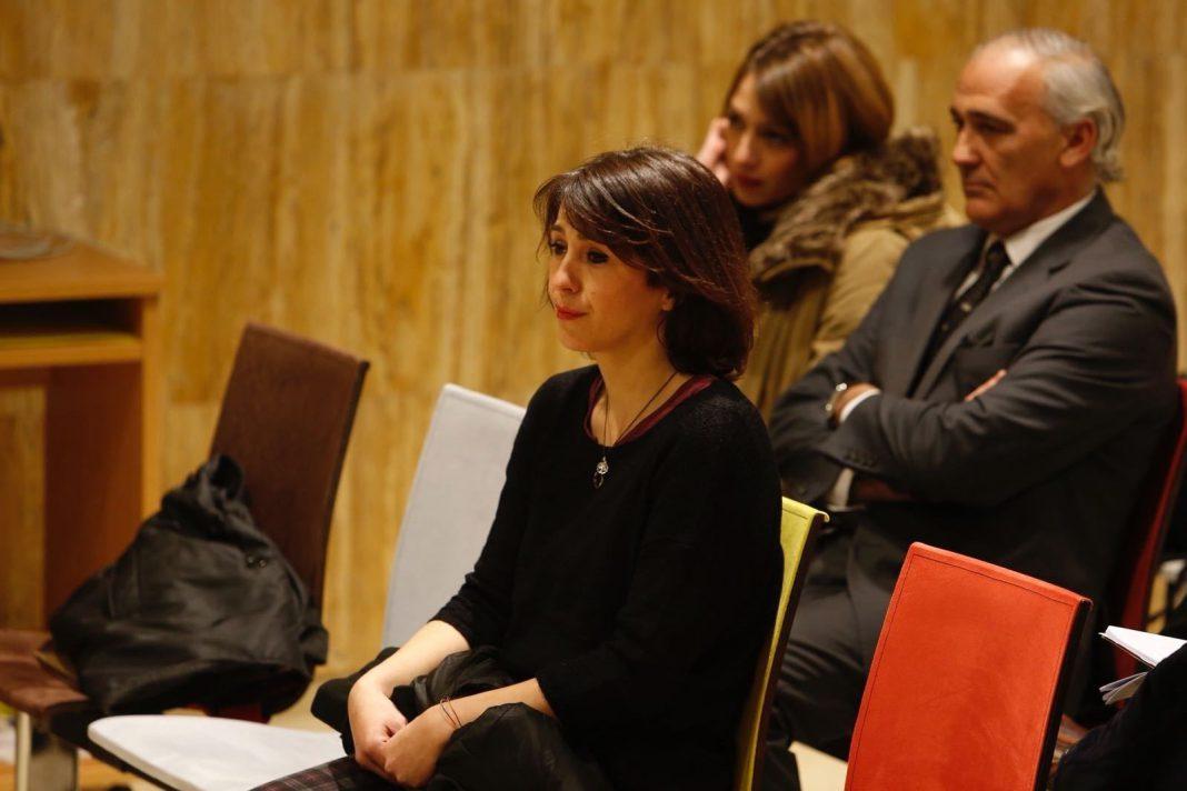 Juana Rivas se sentará hoy en el banquillo de los acusados.