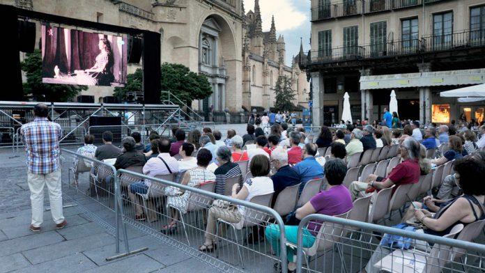 06-2kama_Opera-Restransmision-Teatro-Real-Plaza-Mayor_KAM9357