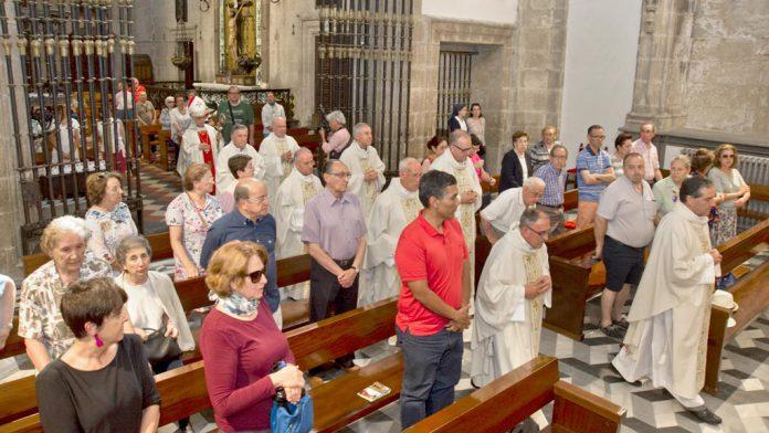 08-1kama_Catedral-Misa-250-Aniversario_KAM0134