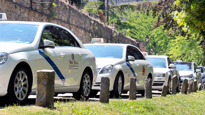 15-2kama_Fiesta-San-Cristobal-Taxis_KAM9919