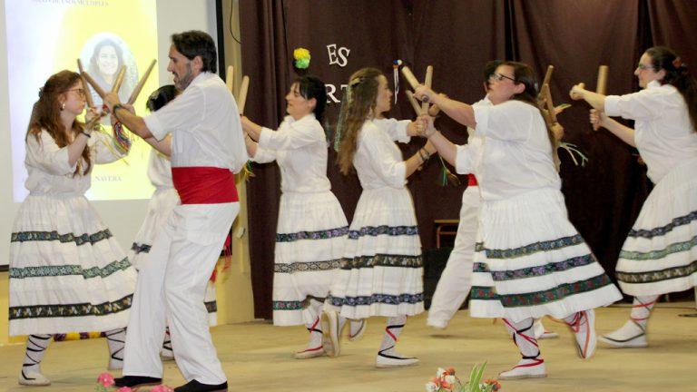 Rosana Marugán  recibe un homenaje popular por su labor cultural
