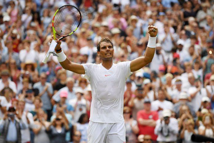 El tenista español Rafael Nadal celebra su última victoria ante el kazajo Mikhail Kukushkin.