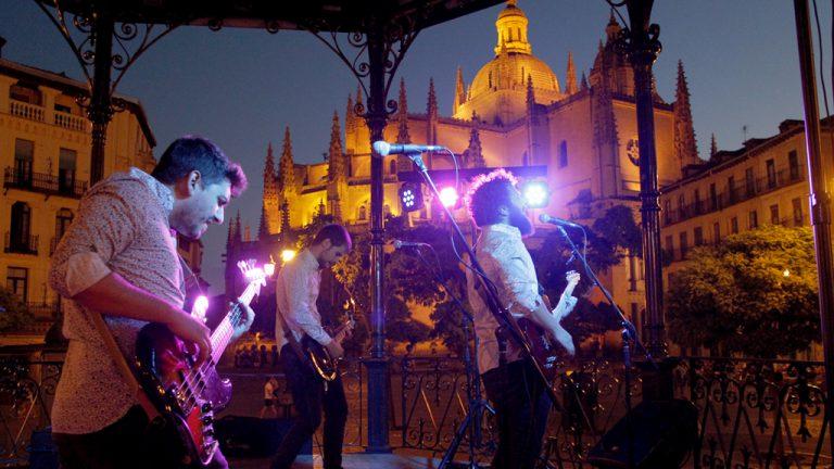 Gotelé inicia en la Plaza Mayor la XI edición del Festival Vete al Fresco