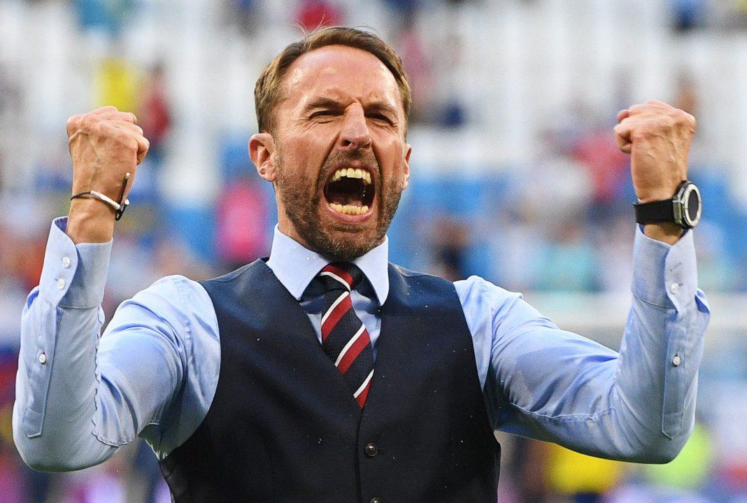 El entrenador de Inglaterra, Gareth Southgate, celebra la victoria de su equipo en el Mundial de Rusia 2018, ayer.