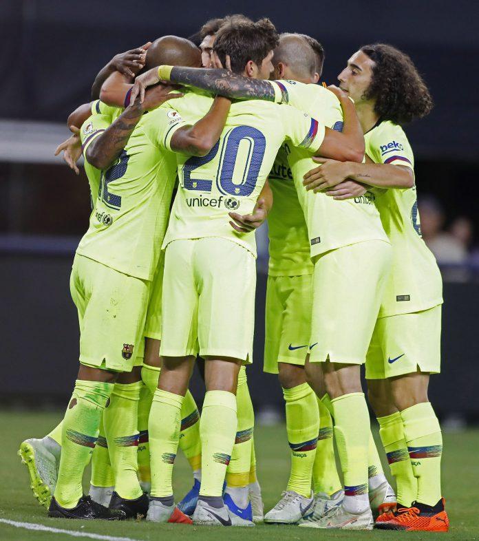 Los jugadores del Barça celebran el gol de Rafinha ante la Roma.