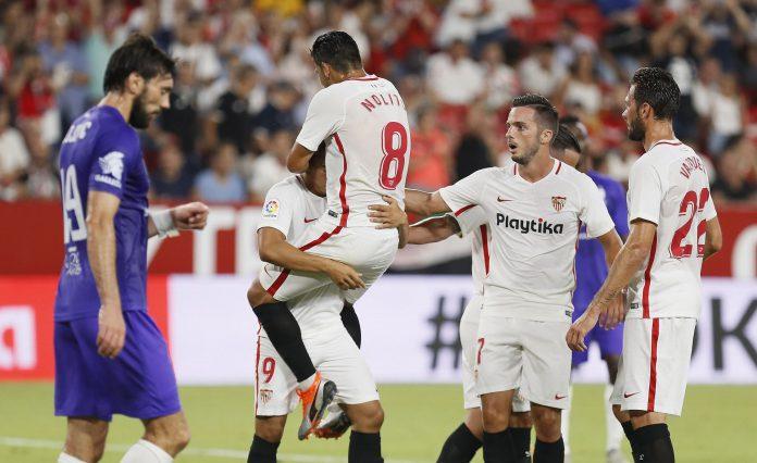 Los jugadores del Sevilla celebran uno de los goles conseguidos el pasado viernes 26 de julio ante el Újpest.