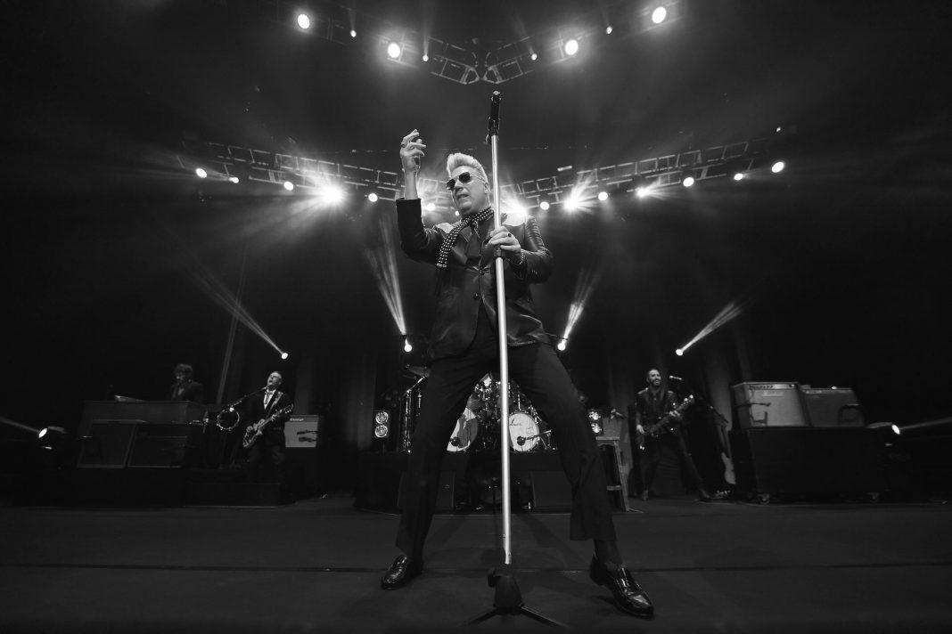 Imagen de archivo de un concierto de Loquillo y su banda.