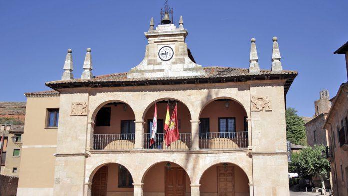 Ferrero Rocher Baraja A Ayllón Como Pueblo Más Bonito De España El Adelantado De Segovia