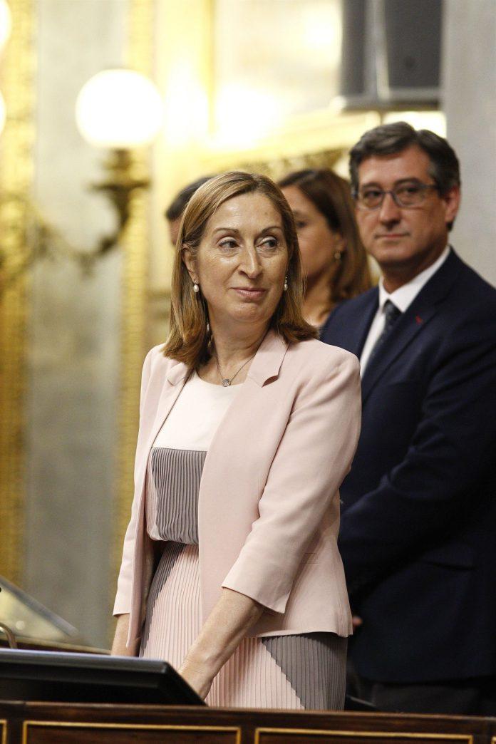 Ana Pastor en la sesión de Constitución del Congreso de los Diputados.