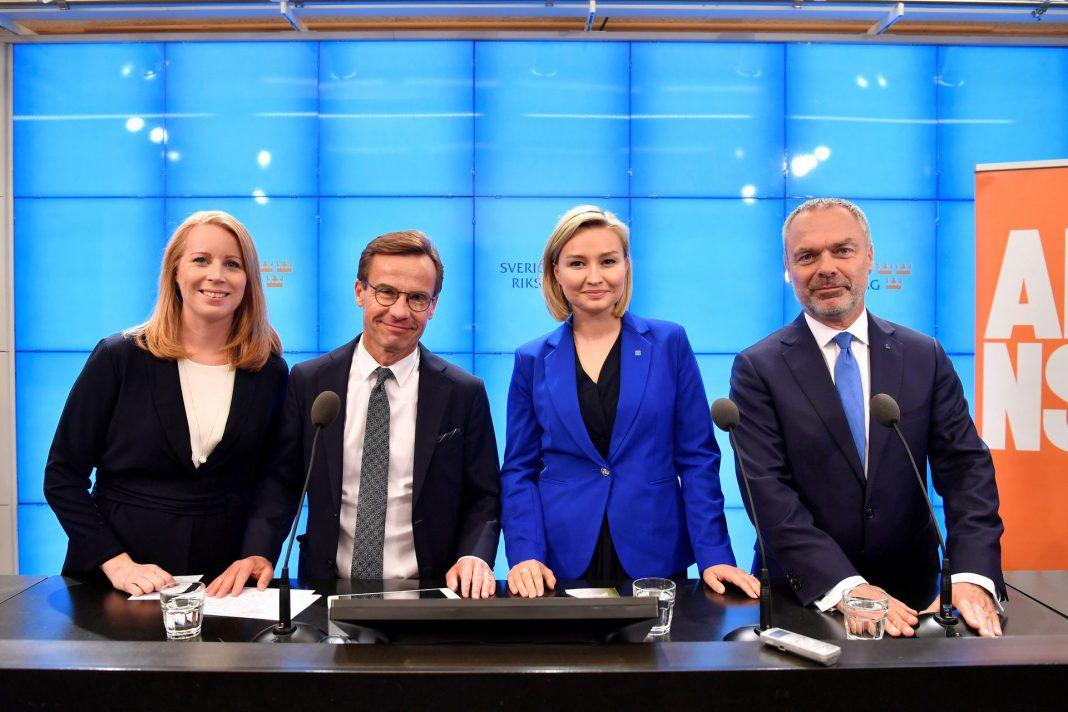 Líderes de la opositora Alianza de centroderecha (de i a d) Annie Loof, Ulf Kristersson, Ebba Busch Thor y Jan Bjorklund.