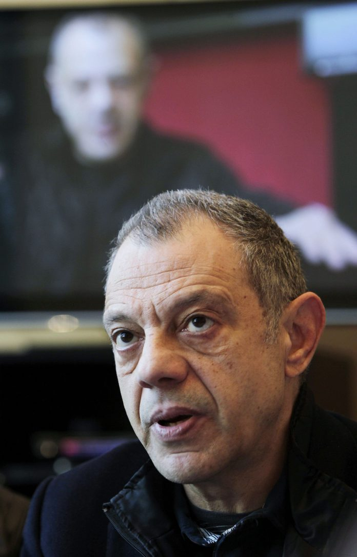 Lluís Pasqual presentó ayer su dimisión como director del Teatre Lliure. / EFE