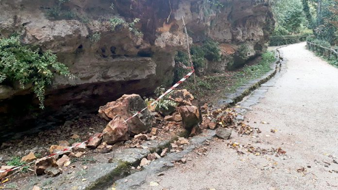 Desprendimiento por precipitaciones en el valle del río Clamores.