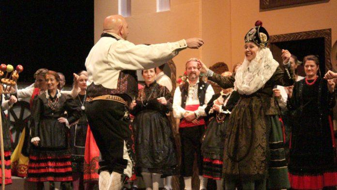 La obra se representa con motivo del centenario del teatro segoviano.