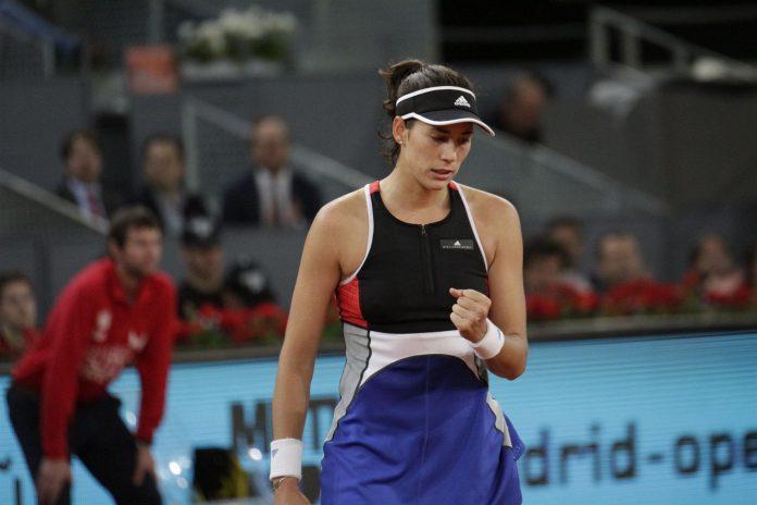 La tenista hispano-venezolana Garbiñe Muguruza debutó con una sólida victoria en dos sets ante la rusa Makarova. /e.p.