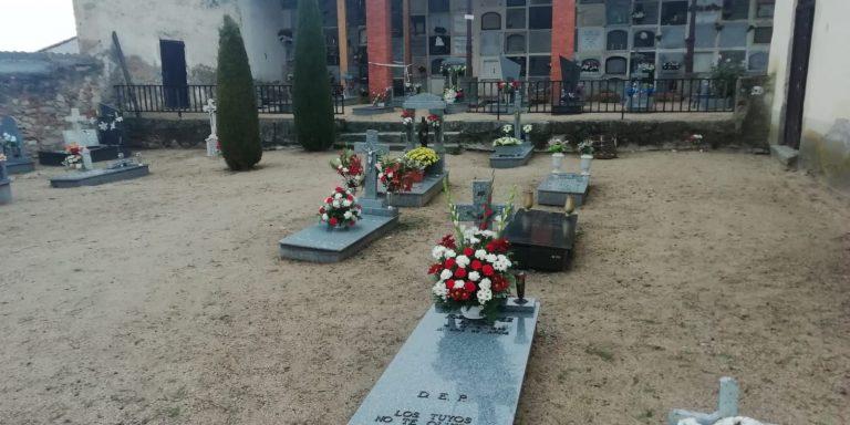 El Ayuntamiento reforma el cementerio por unos 200.000 euros