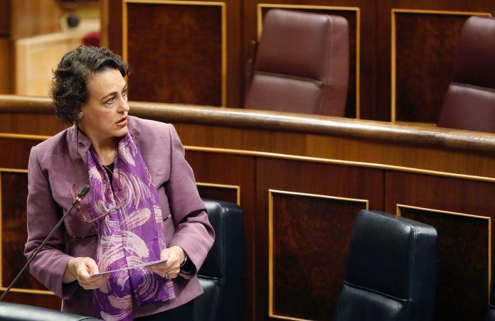La ministra de Trabajo, Magdalena Valerio, ayer en el Congreso.