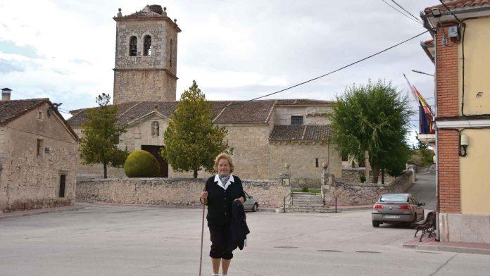 Iglesia de San Nicolás de Bari, (Pilar en la foto).